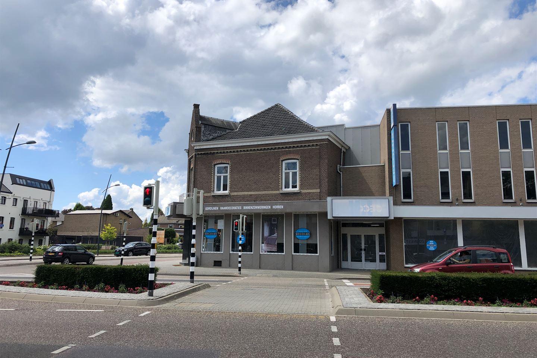 Bekijk foto 2 van Stationstraat 1