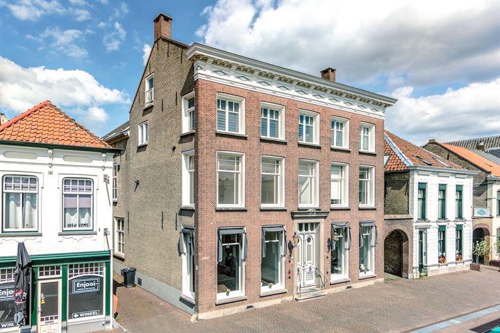 Raadhuisstraat 45, Roosendaal