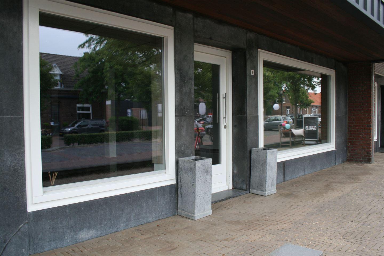 Bekijk foto 3 van Raadhuisplein 4