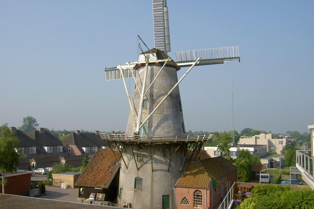 Bekijk foto 3 van Rijksstraatweg 127 2