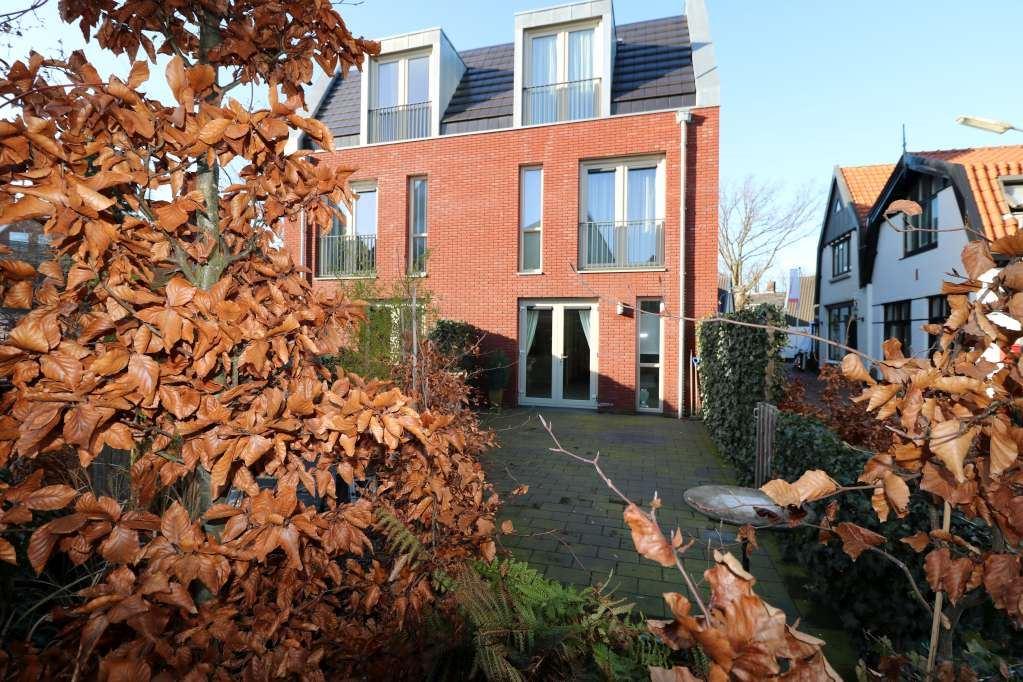 Bekijk foto 1 van Kleine Dorpsstraat 4