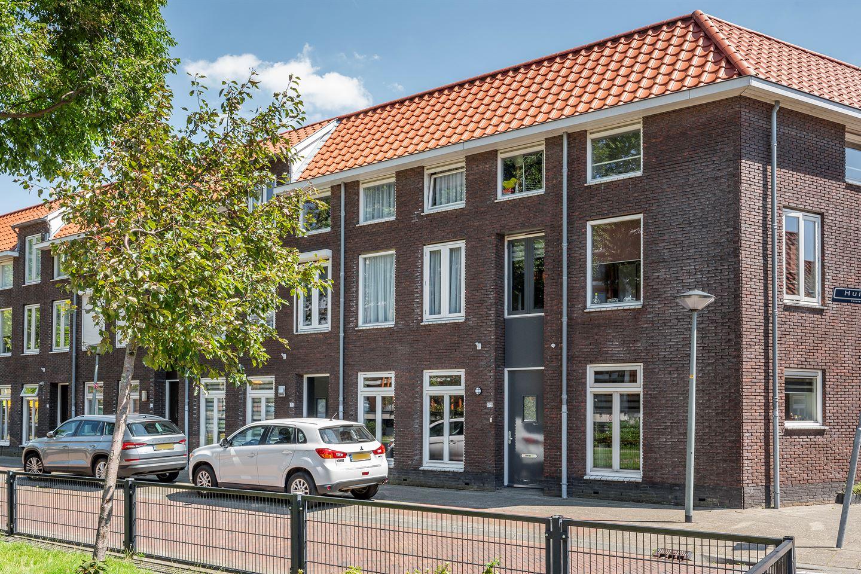 Bekijk foto 1 van Huijgensstraat 73