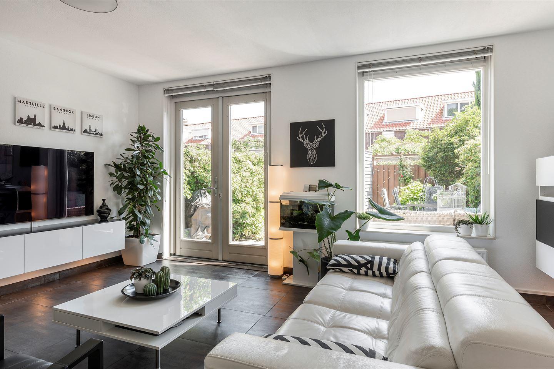 Bekijk foto 4 van Huijgensstraat 73