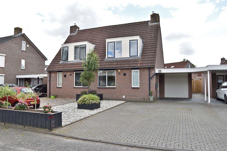 Bekijk foto 1 van Roosje Vosstraat 33