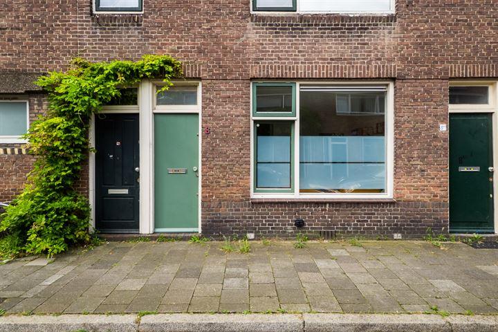 Bataviastraat 8
