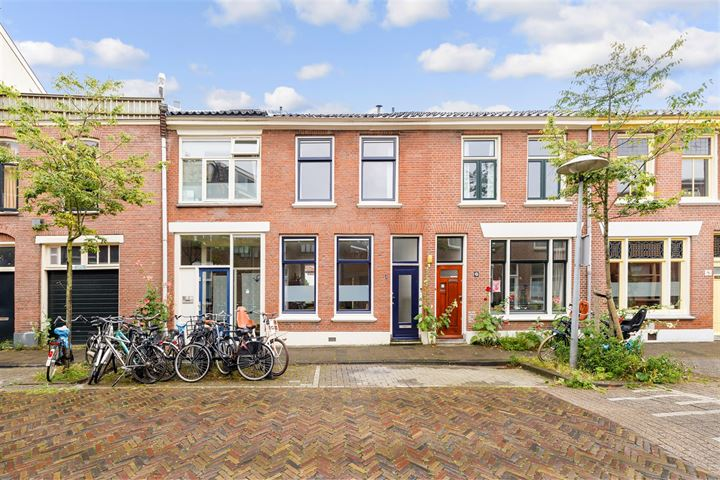 1e Atjehstraat 4