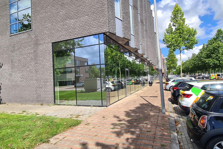 Bekijk foto 3 van Abe Lenstra boulevard 50-52