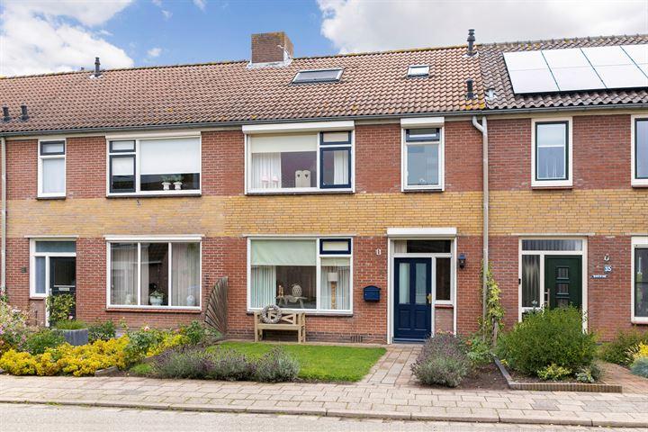 Dorpsstraat 33