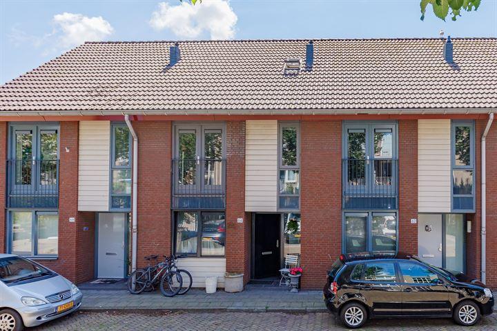Bloemstraat 64