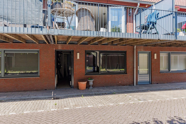 Bekijk foto 3 van Bloemstraat 64