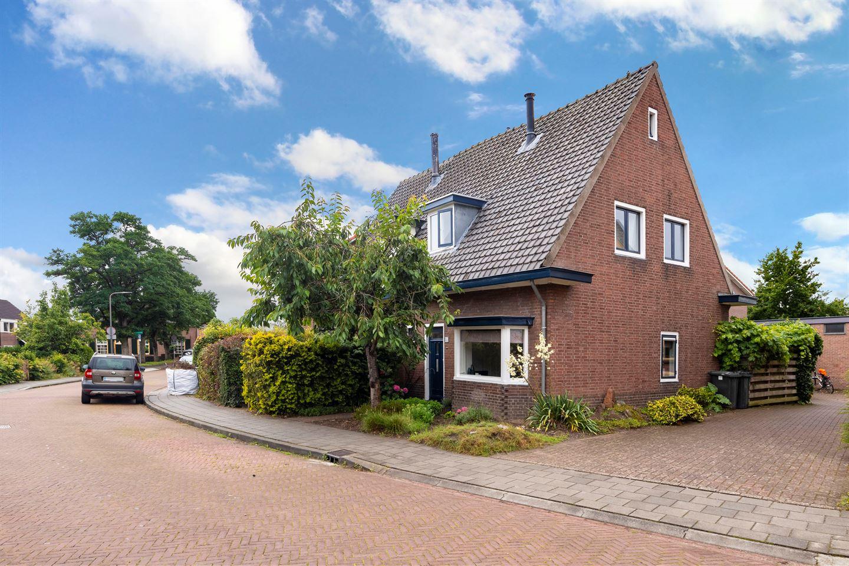 Bekijk foto 3 van Methorsterweg 2 C