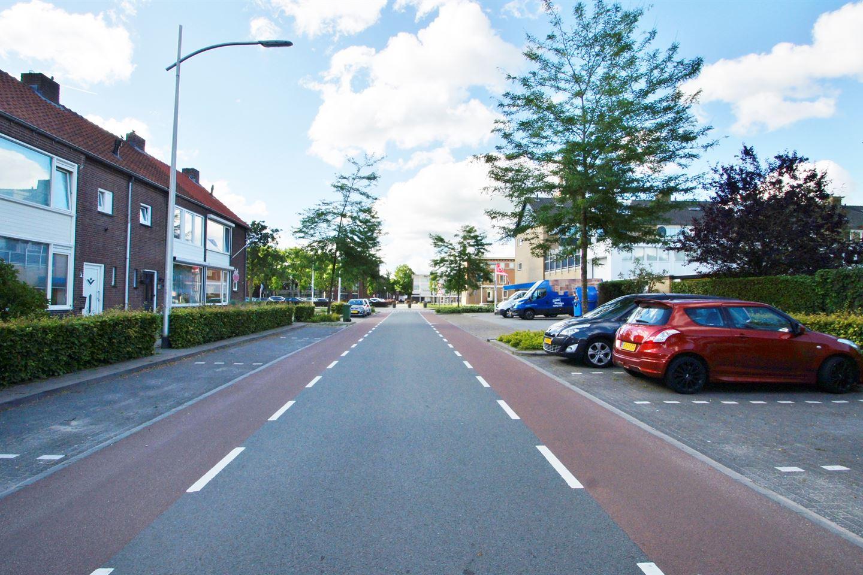 Bekijk foto 3 van Schoutstraat 12