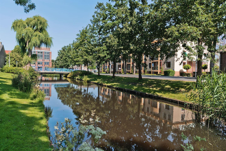 Bekijk foto 2 van Mr. G. Groen van Prinstererlaan 99