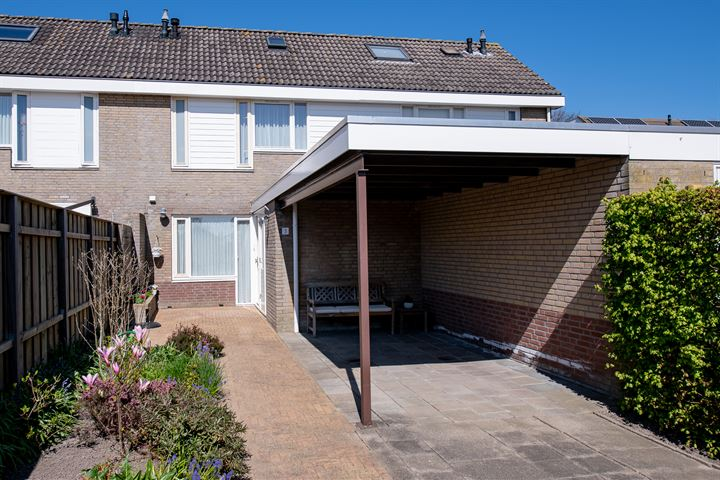 Grundelhof 3