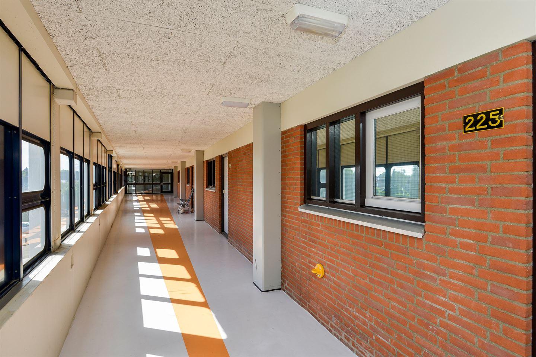 Bekijk foto 2 van Binnenhof 225