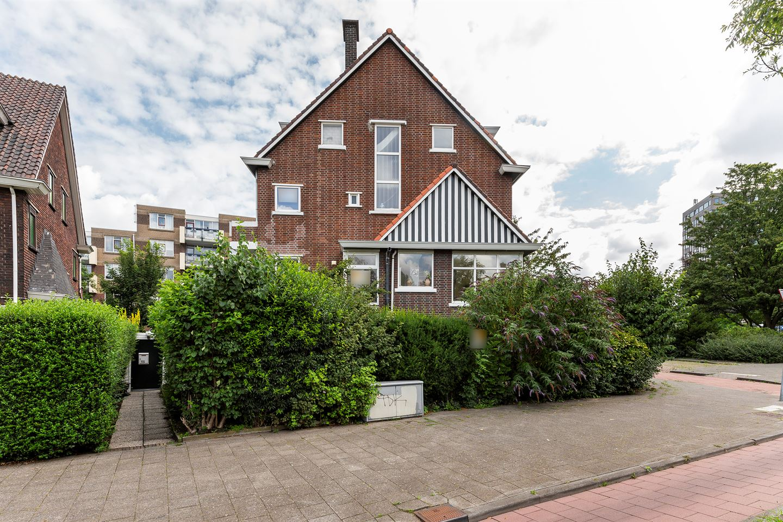 View photo 2 of Schiedamseweg 155