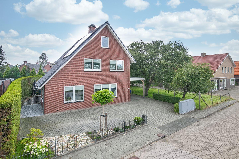 Bekijk foto 3 van Pastoor Ossestraat 34