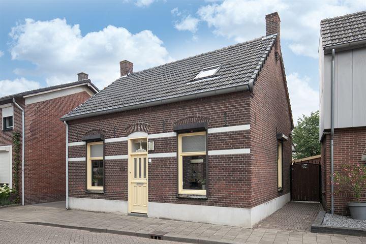 Burgemeester Verkuijlstraat 27