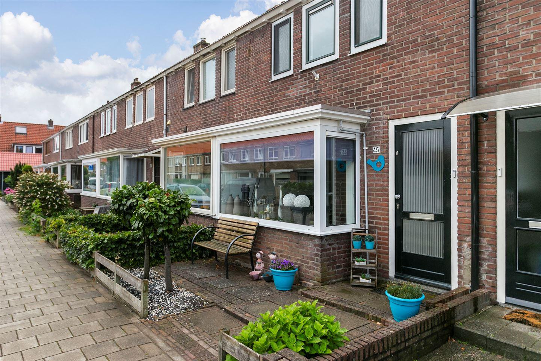 Bekijk foto 3 van Vermeerstraat 45