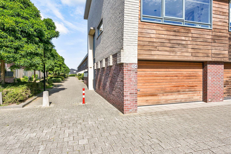 Bekijk foto 2 van P.C.Boutensstraat 104