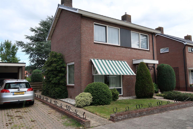 Bekijk foto 1 van Dr. Bekenkampstraat 21