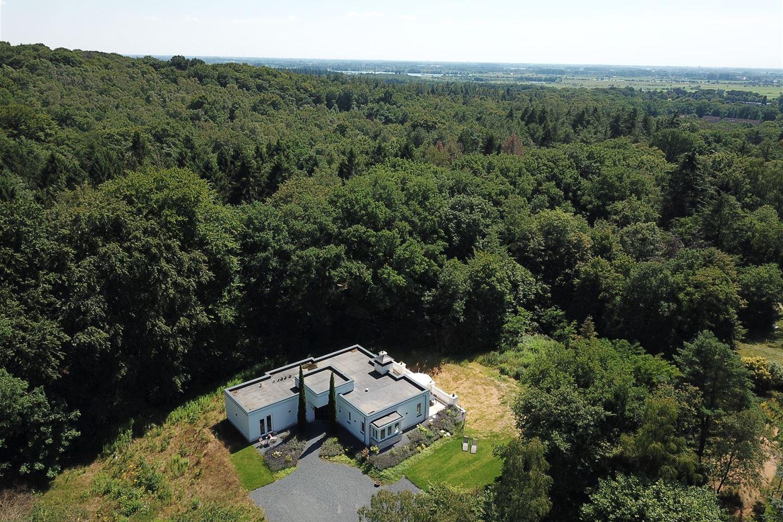Bekijk foto 2 van Bergweg 13