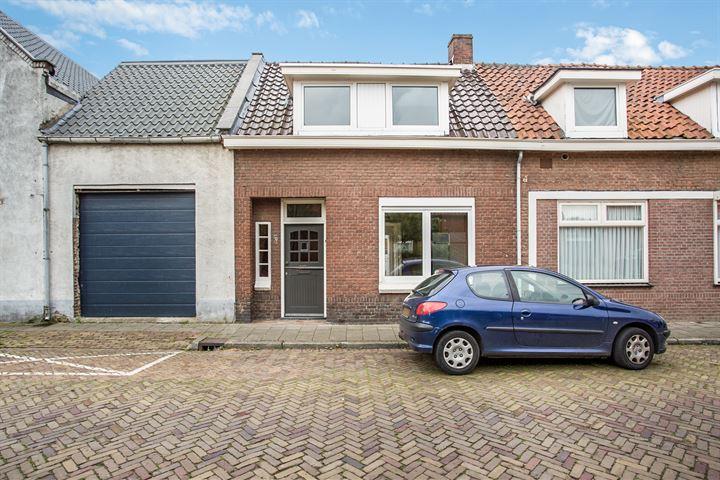 Graaf Ansfriedstraat 5