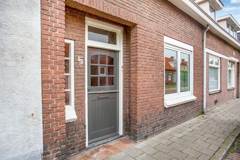 Bekijk foto 3 van Graaf Ansfriedstraat 5