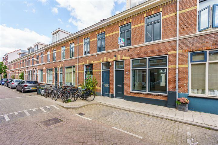 Riouwstraat 24