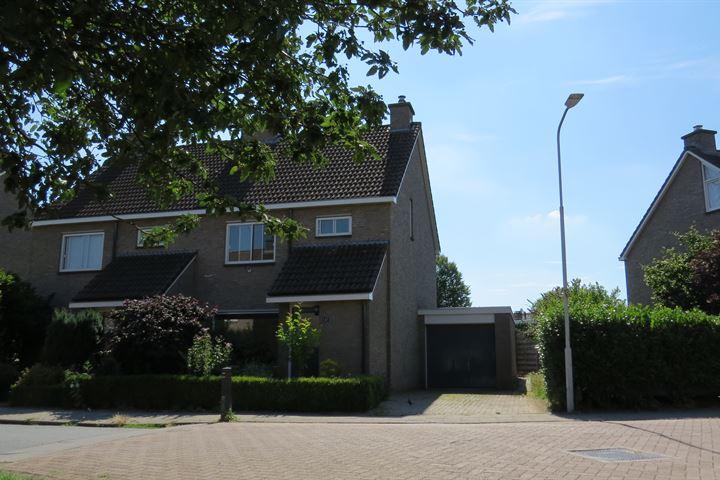 J.D. Pennekampweg 47
