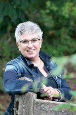 Linda (L.J.M.) Rozeboom - van Beek - Administratief medewerker