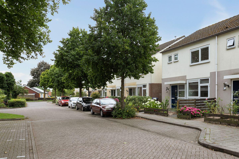 Bekijk foto 3 van Spreeuwenhof 13