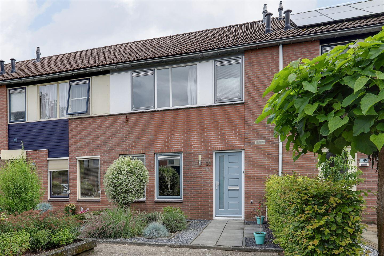 Bekijk foto 1 van Colijnstraat 33