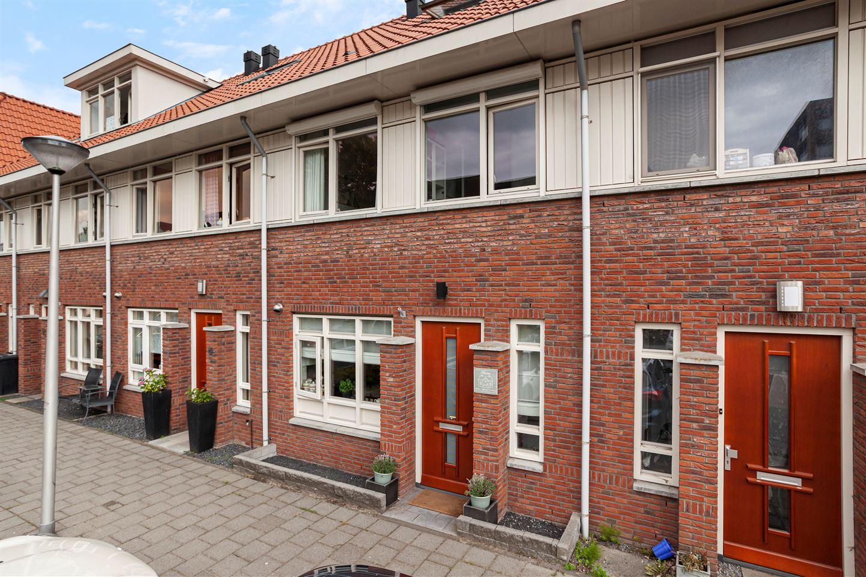 Bekijk foto 1 van Christiaan van der Takstraat 10
