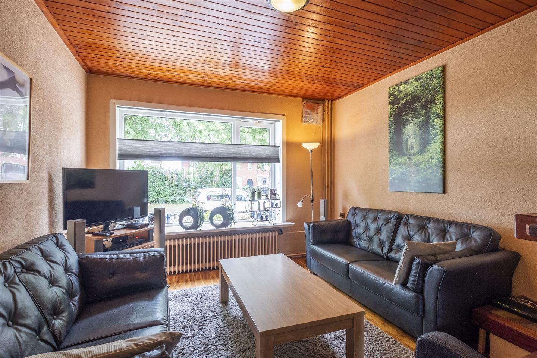 View photo 2 of Deken Scholtenstraat 36
