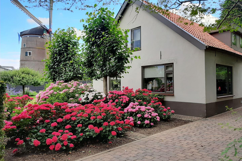 Bekijk foto 2 van Molenstraat 9