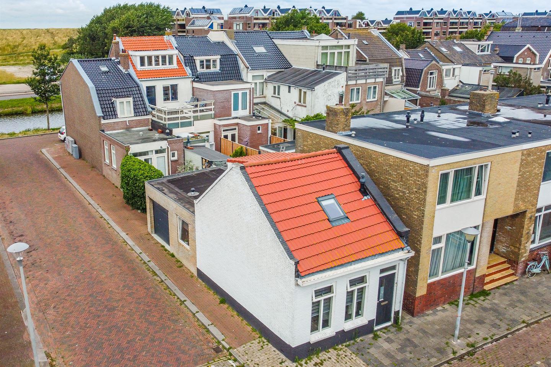 Bekijk foto 1 van Oostslootstraat 17