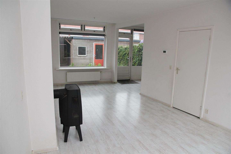 View photo 3 of Begoniastraat 38