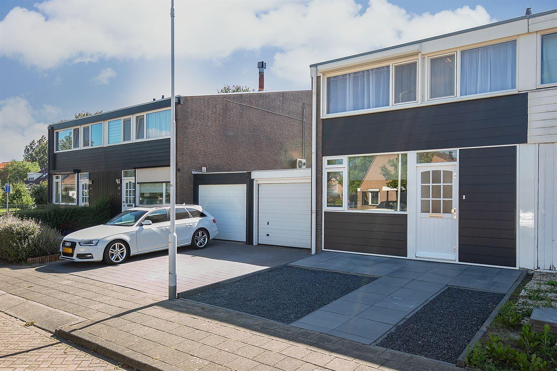 Bekijk foto 3 van Dokter Schutterstraat 58