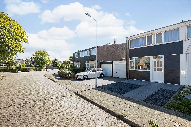 Bekijk foto 4 van Dokter Schutterstraat 58