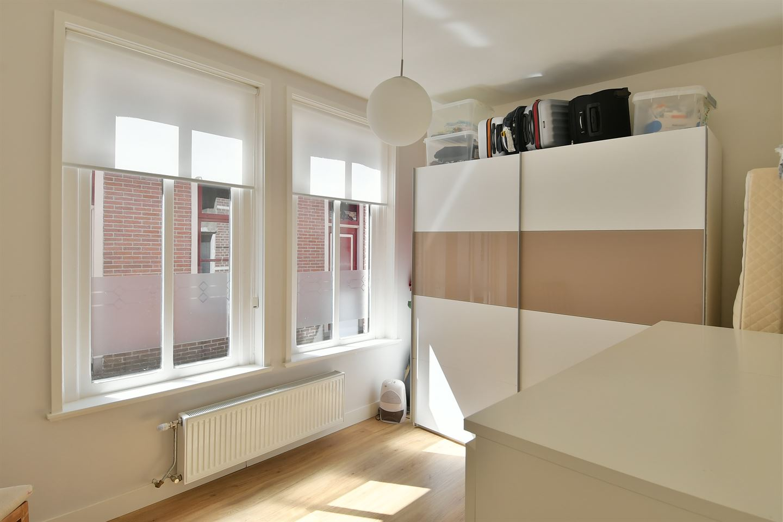 Bekijk foto 5 van Middenstraat 8