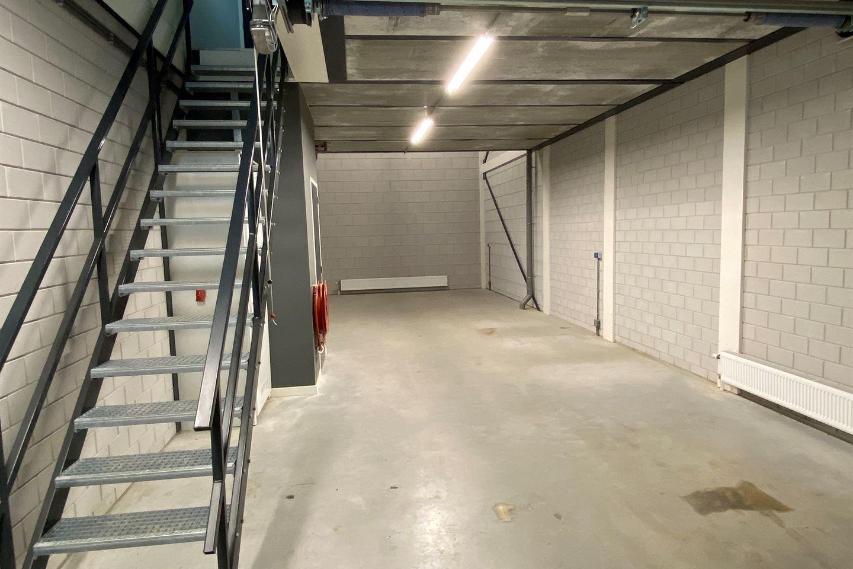 Bekijk foto 5 van Weg en Bos 15 B - H