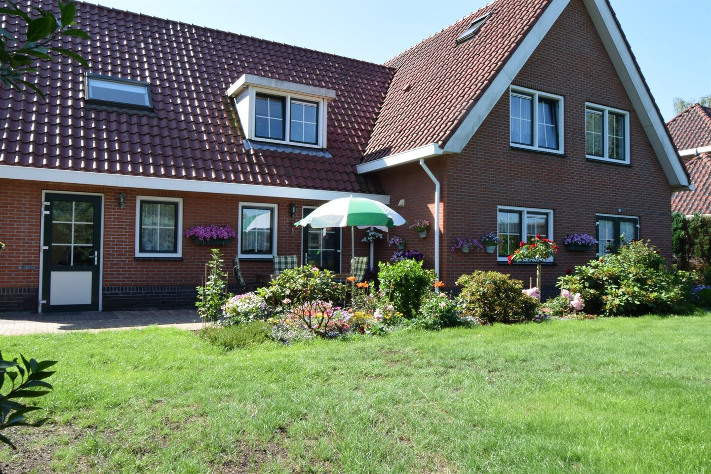 Bekijk foto 2 van Grensweg 8
