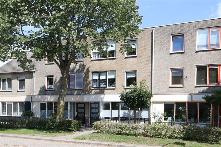 Contrabasweg 106