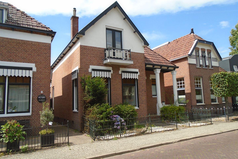 Bekijk foto 2 van Prins Hendrikplein 4