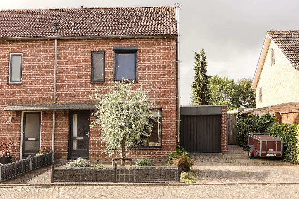Bekijk foto 1 van Ruysdaelstraat 29