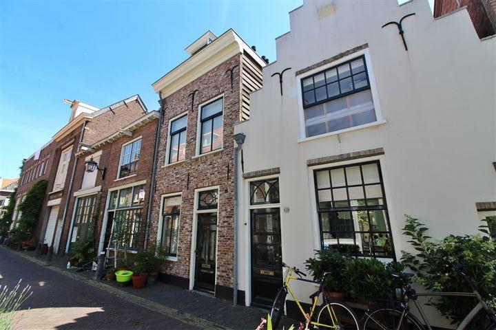 Lange Annastraat 27