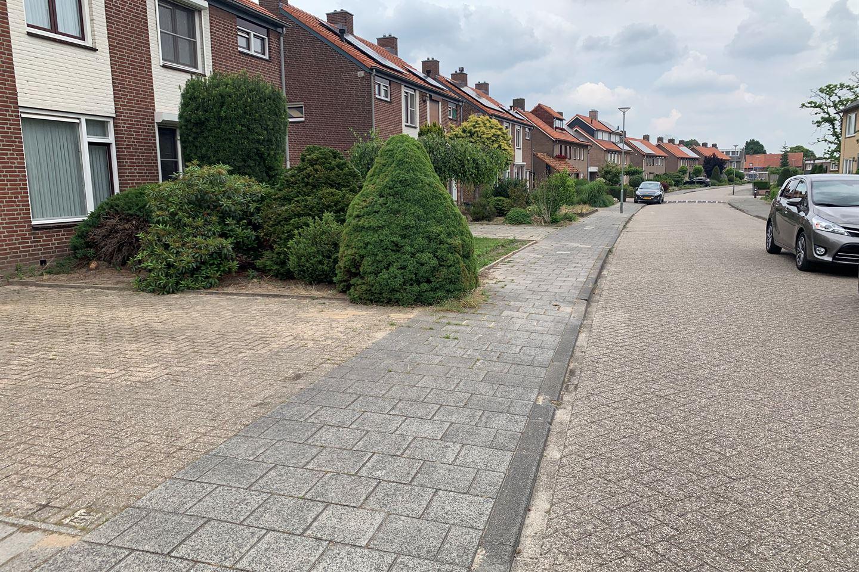 Bekijk foto 3 van van Broekhuizenstraat 29