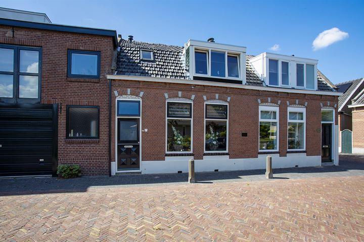 Amalia van Solmsstraat 27