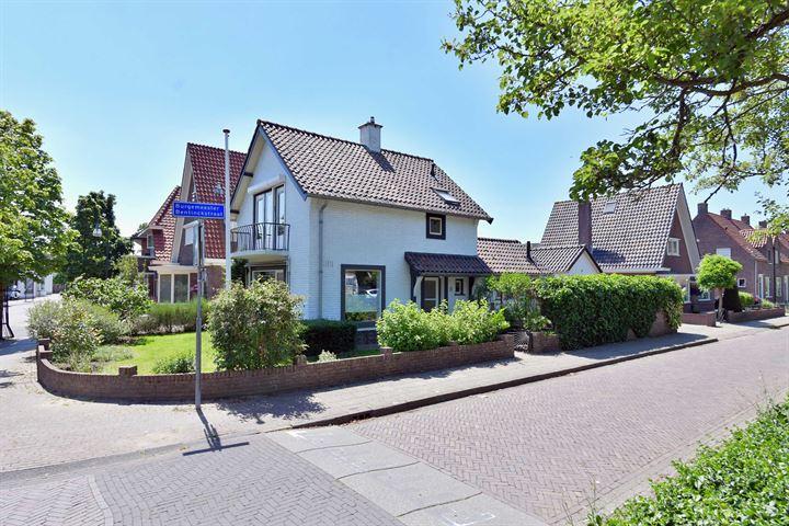 Burgemeester Bentinckstraat 1